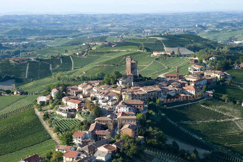 Serralunga d'Alba Italy  City pictures : ... ristorante territorio serralunga d alba alba e le langhe torino storia